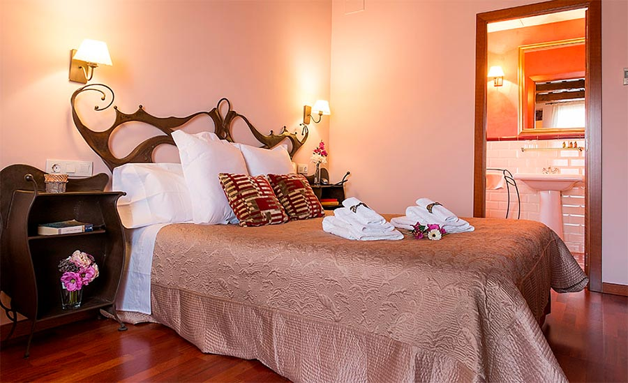 palou hotel pere ribes sitges tabaco 01